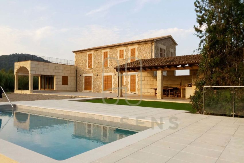 Luxury Villa in Pollensa Mallorca on sale