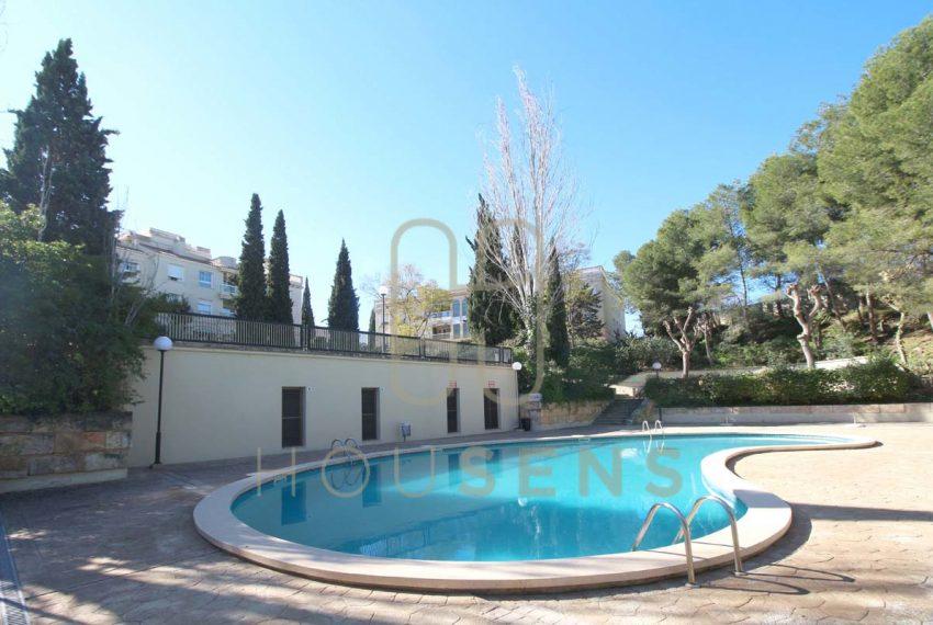 Atico en la bonanova con piscinas parking y solarium (10)