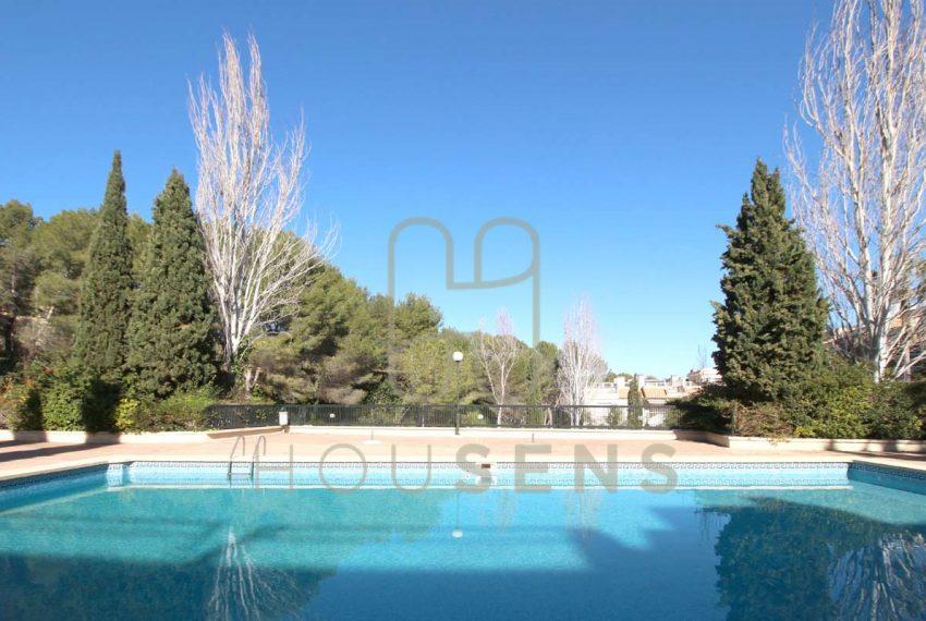 Atico en la bonanova con piscinas parking y solarium (2)