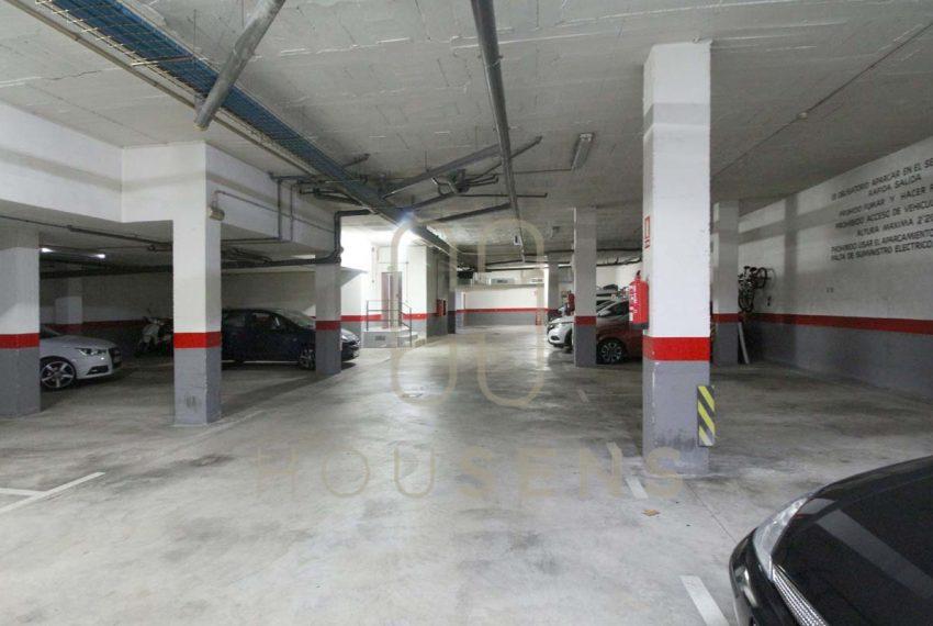 Atico en la bonanova con piscinas parking y solarium (40)