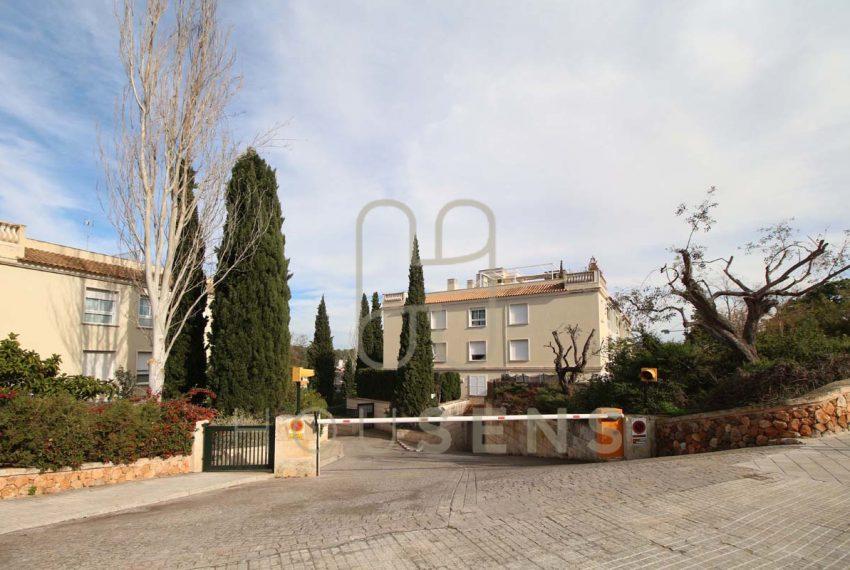 Atico en la bonanova con piscinas parking y solarium (42)
