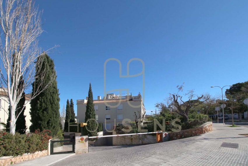 Atico en la bonanova con piscinas parking y solarium (48)